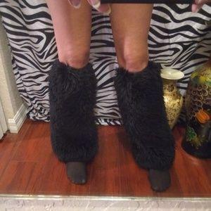 NWOT Fluffy Furry Legwarmers